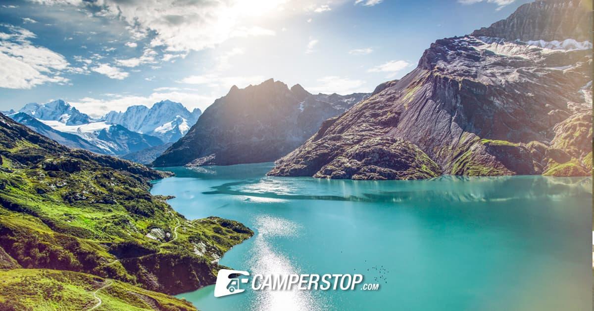 Een Noors Fjord? Nee, dit is het uitzicht vanaf de Emosson-Stuwdam
