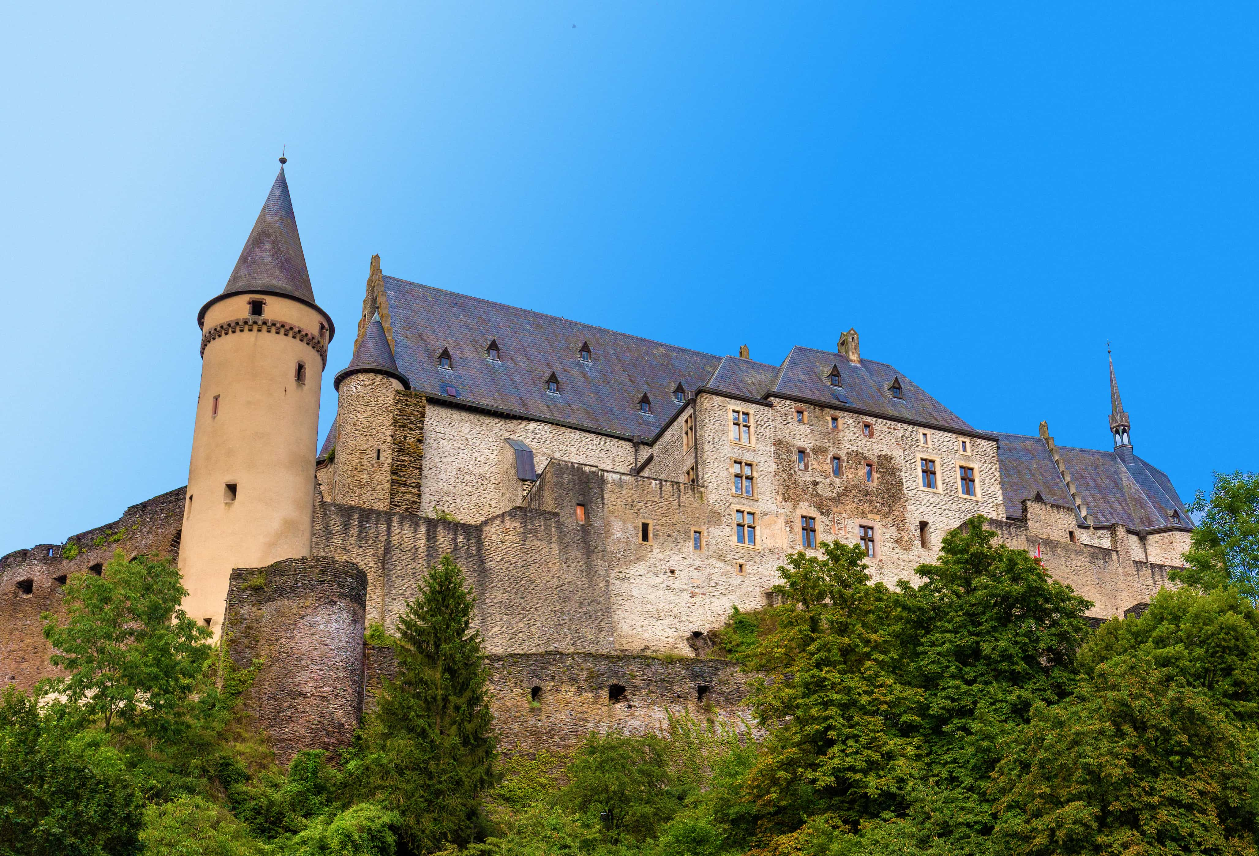 Castle Vianden Luxembourg camping cars